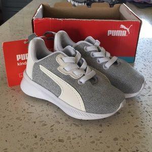 NWT Puma Soft Foam+ Size 4 Toddler Shoes